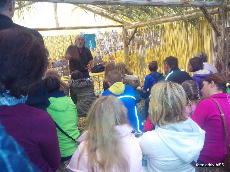 misijonar Tone Kerin o šolstvu na Madagaskarju