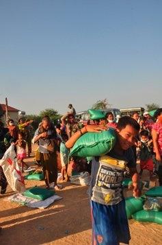 deljenje-hrane-Phnom-Penh6